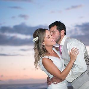 noivos-mini-wedding-casamento-na-praia-rj-rio-de-janeiro-recreio-reserva-barra-grumari-niteroi-vargem-guaratiba-casa-de-festas-espaco